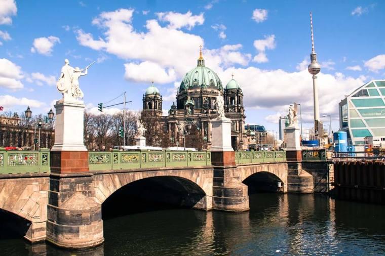 Duomo di Berlino visto dalla Sprea - Berlino